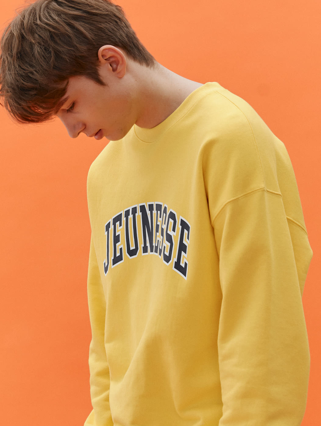 Signature Logo Sweatshirts Yellow (SS Version)[배우 김보라, 다비치 강민경 착용]